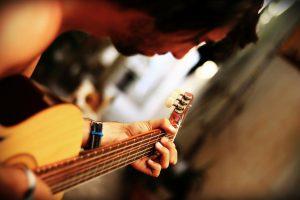 guitar-68967_1280