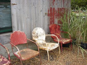 chairs-208473_640