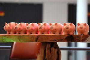 piggy-banks-974412_640